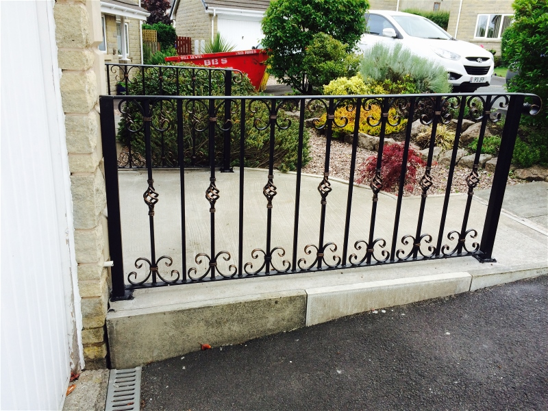quality wrought iron garden railings
